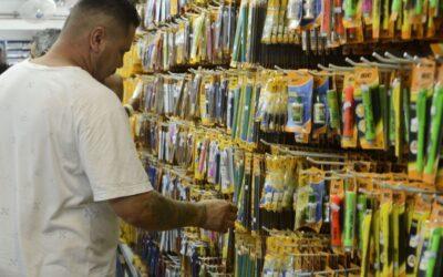 Comércio apresenta alta de 1,2% em julho, diz relatório do Serasa